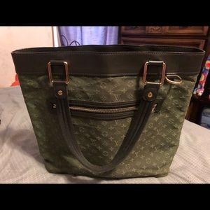 100% Authentic Louis Vuitton Mini Lin Lucille GM
